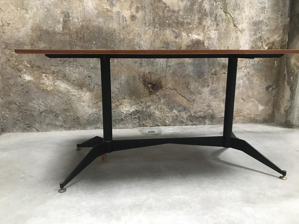 Tavolo da pranzo in legno e metallo anni \'60 - 8 7 DESIGN SPACE