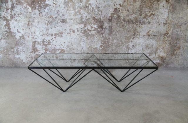 Tavolino da caffè in ferro e vetro