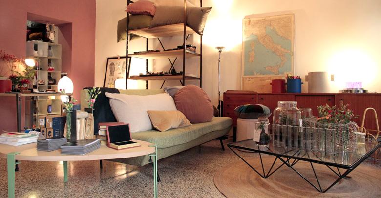 Mobili vintage e modernariato brescia 8 7 design space for Outlet arredo design brescia bs